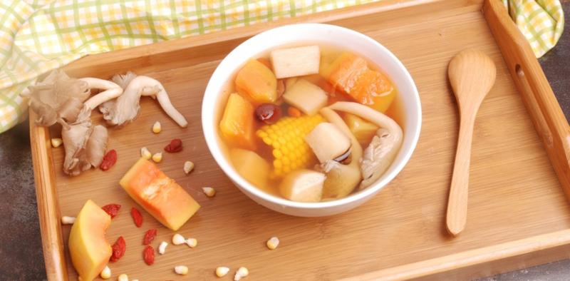 Papaya and Corn with Chinese Yam Soup