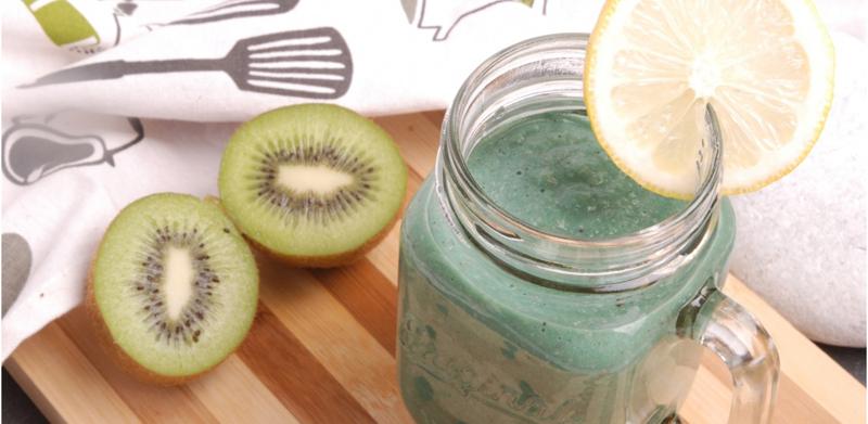 Kiwi Oatmeal Smoothie