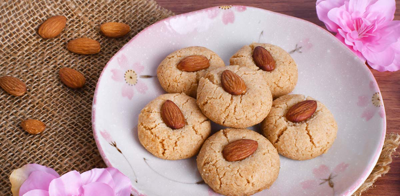 Vegan Chinese Almond Cookies